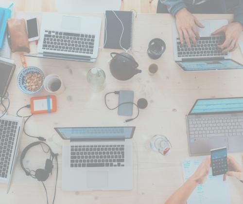 smsmode propose son offre whatsapp chatbot aux entreprises en interne